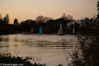 Sailing on the Thames when the tides in 1