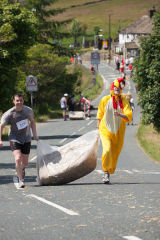 Oxenhope Straw Race 4